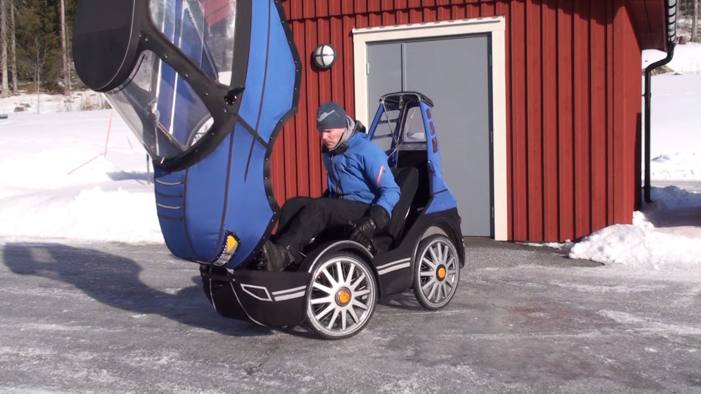 PodRide Bicycle Car - chassis opens for easy entry and exit.